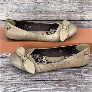 Børn Cream Leather Flats with Bow
